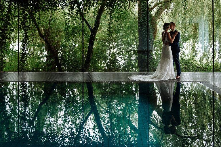 Eine Romantische Hochzeit Beim Regen Im Landhaus Am See In Garbsen